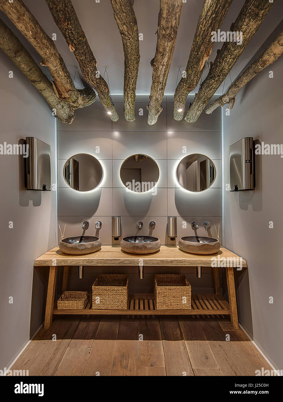 Restaurant Restroom High Resolution Stock Photography And Images Alamy
