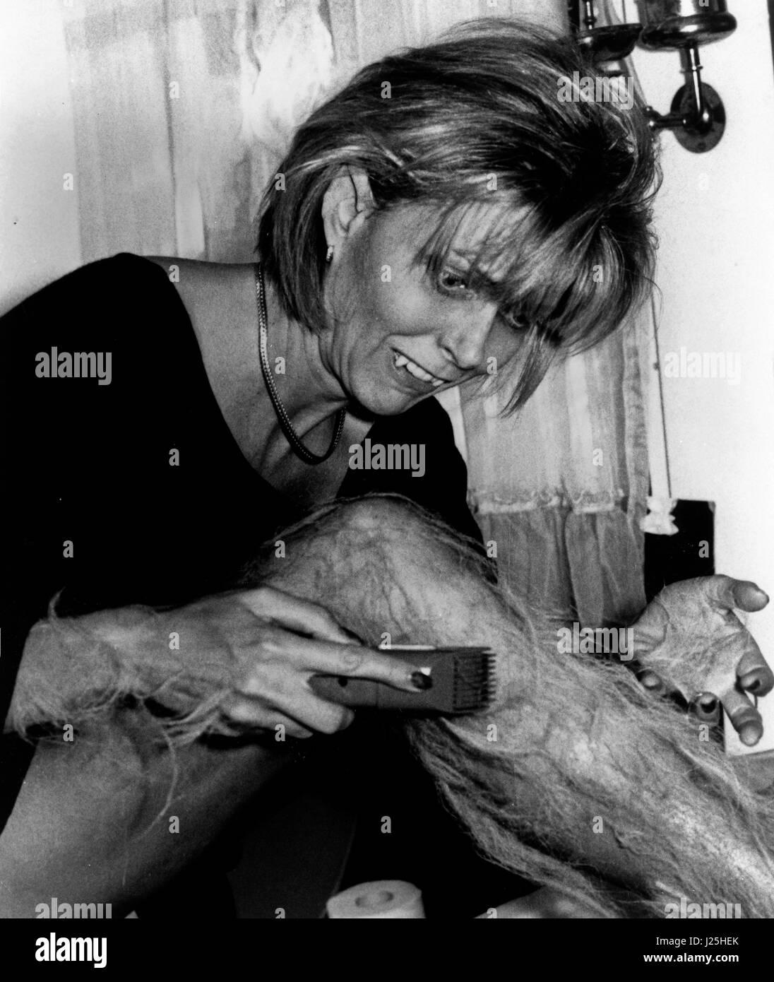 My Mom's A Werewolf, aka: Meine Mutter ist ein Werwolf, USA 1989, Regie: Michael Fischa, Darsteller: Susan Blakely - Stock Image