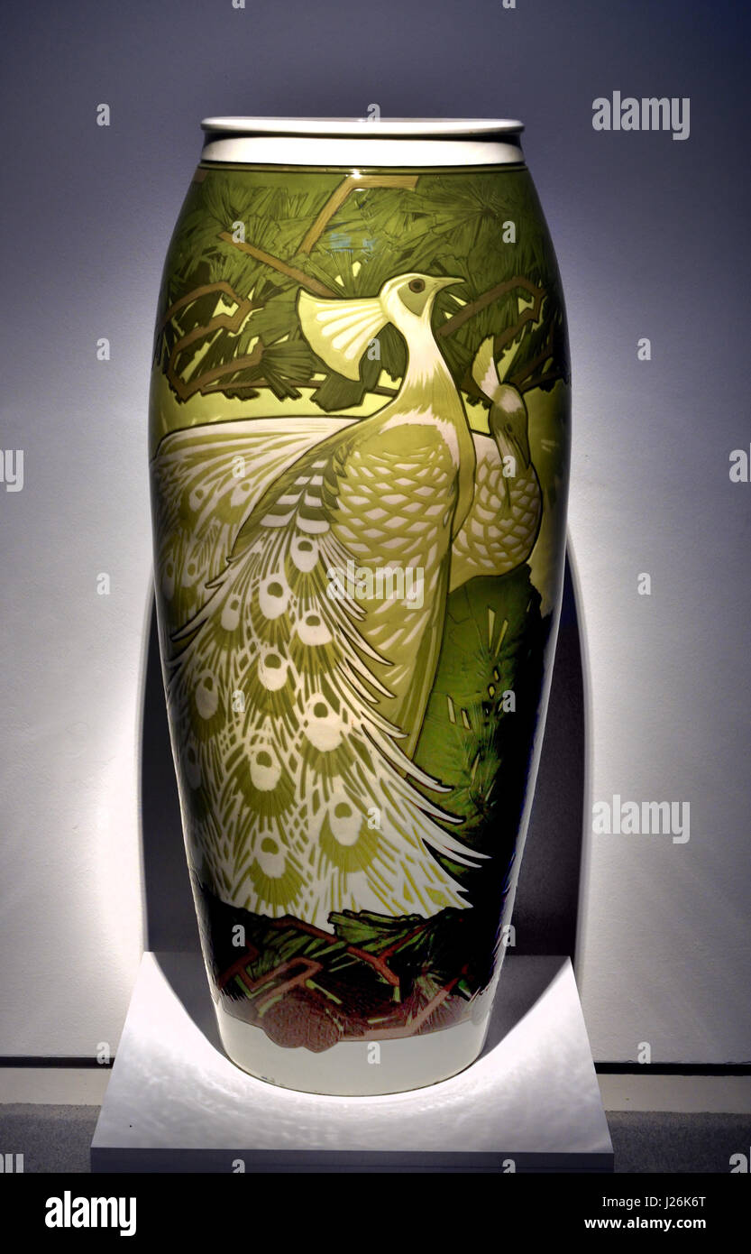 Bodenvase Stock Photos Bodenvase Stock Images Alamy
