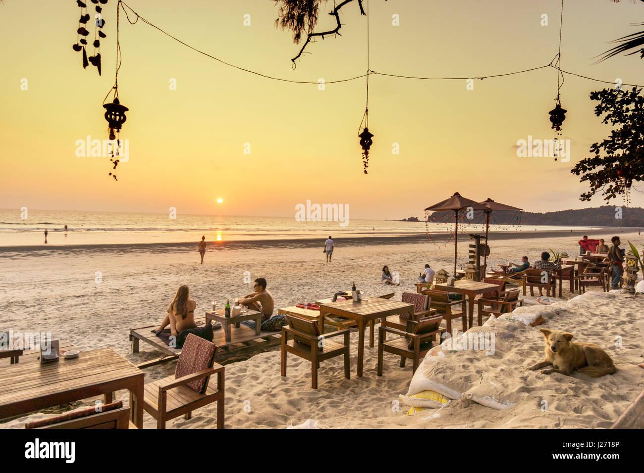 J.J. Seafood Restaurant, Long Beach, Ao Yai, sunset, Koh Phayam, Thailand - Stock Image