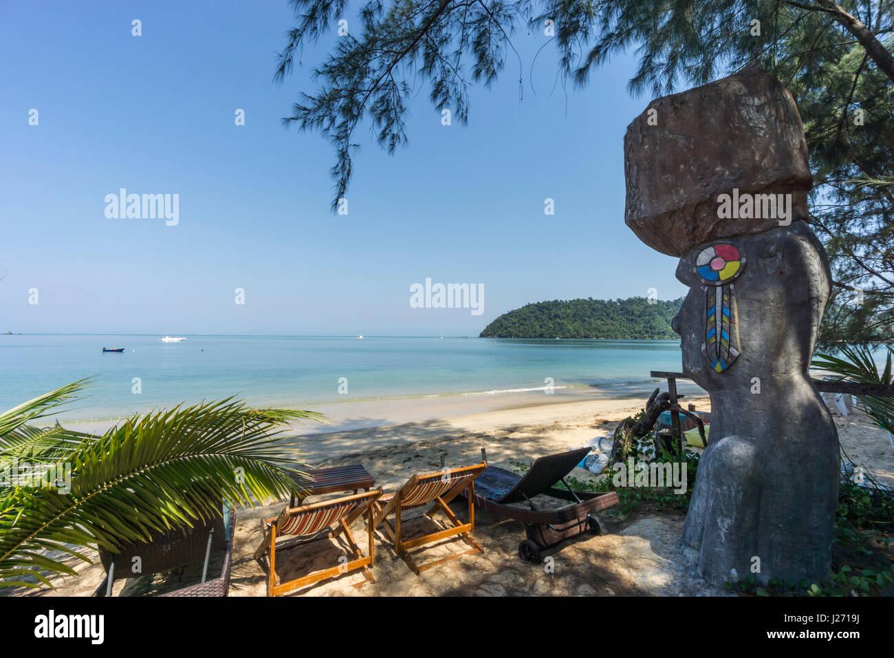 Buffalo Bay, Ao Khao Kwai, Sculpture, Resort, beach chairs,  Koh Phayam, Thailand - Stock Image
