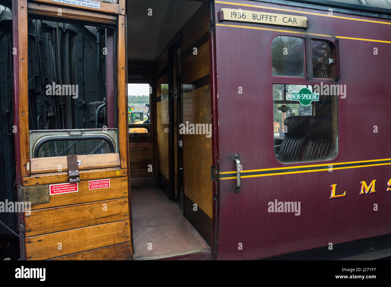 Carriages on The Royal Scot steam train, Bridgnorth Railway Station, Shropshire, West Midlands, UK. - Stock Image
