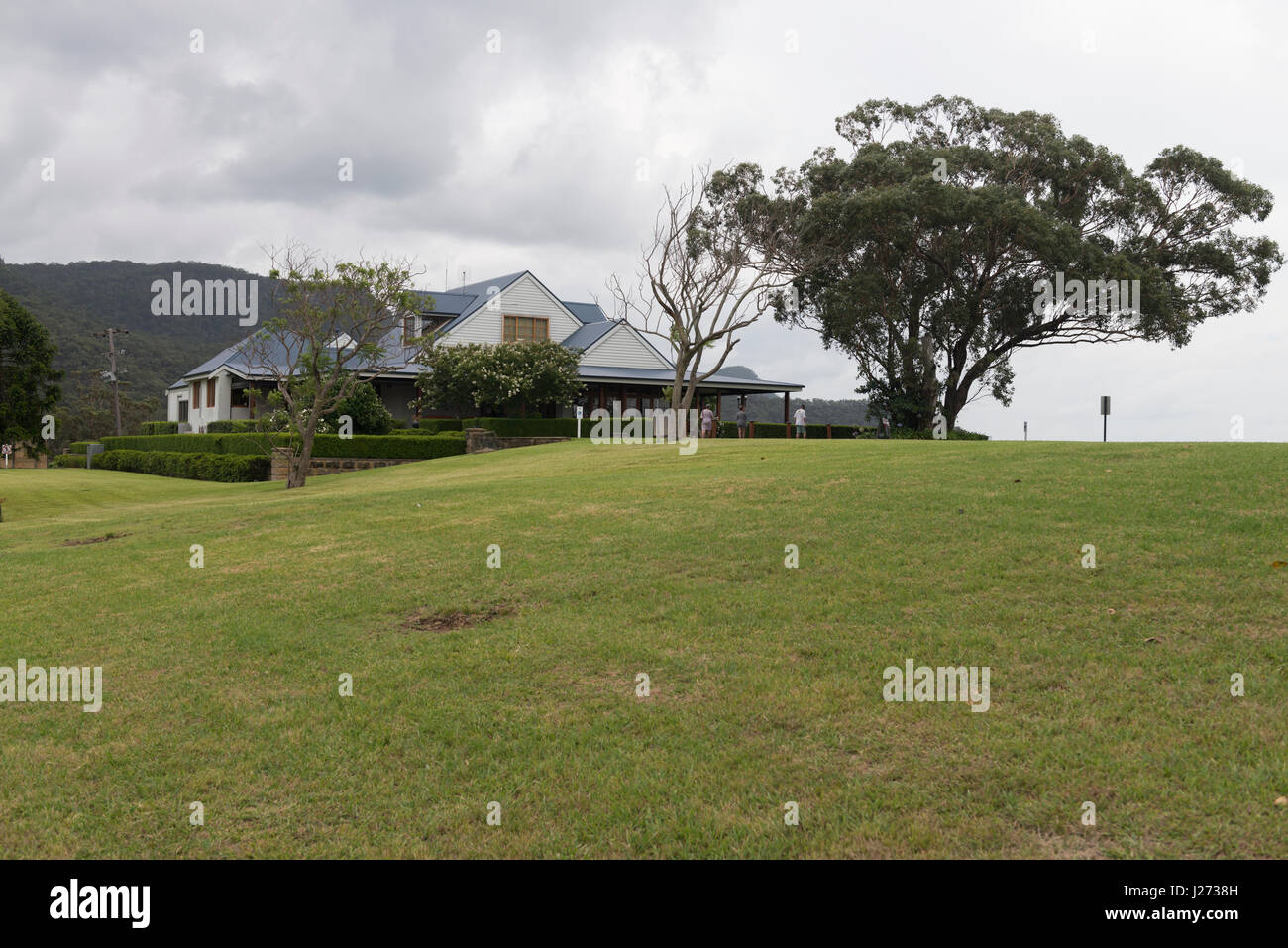 The Audrey Wilkinson Vineyard and cellar door, sits on top of a hill at Pokolbin, Hunter Valley, New South Wales, Stock Photo