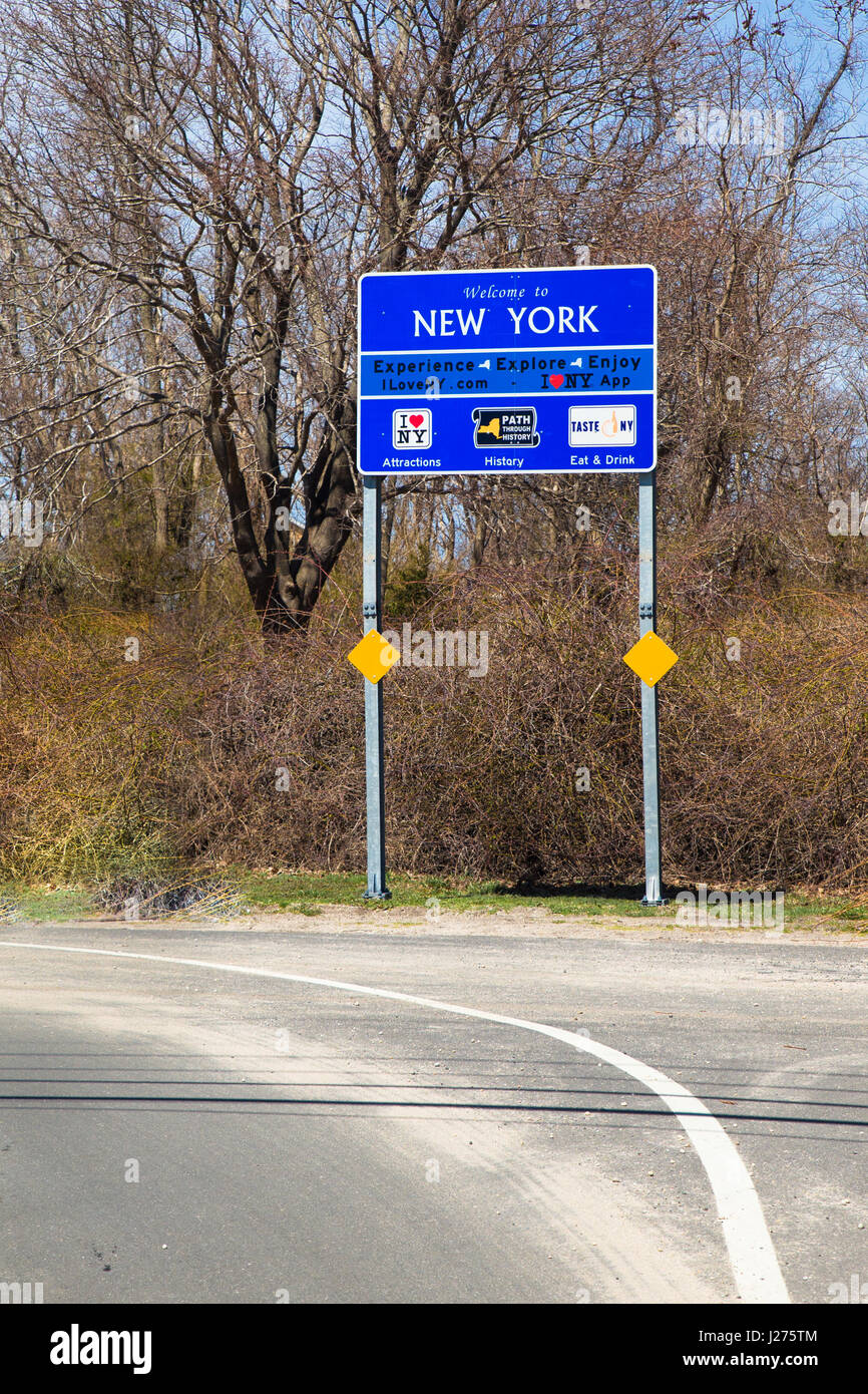 New York State Highway Sign Stock Photos & New York State Highway ...
