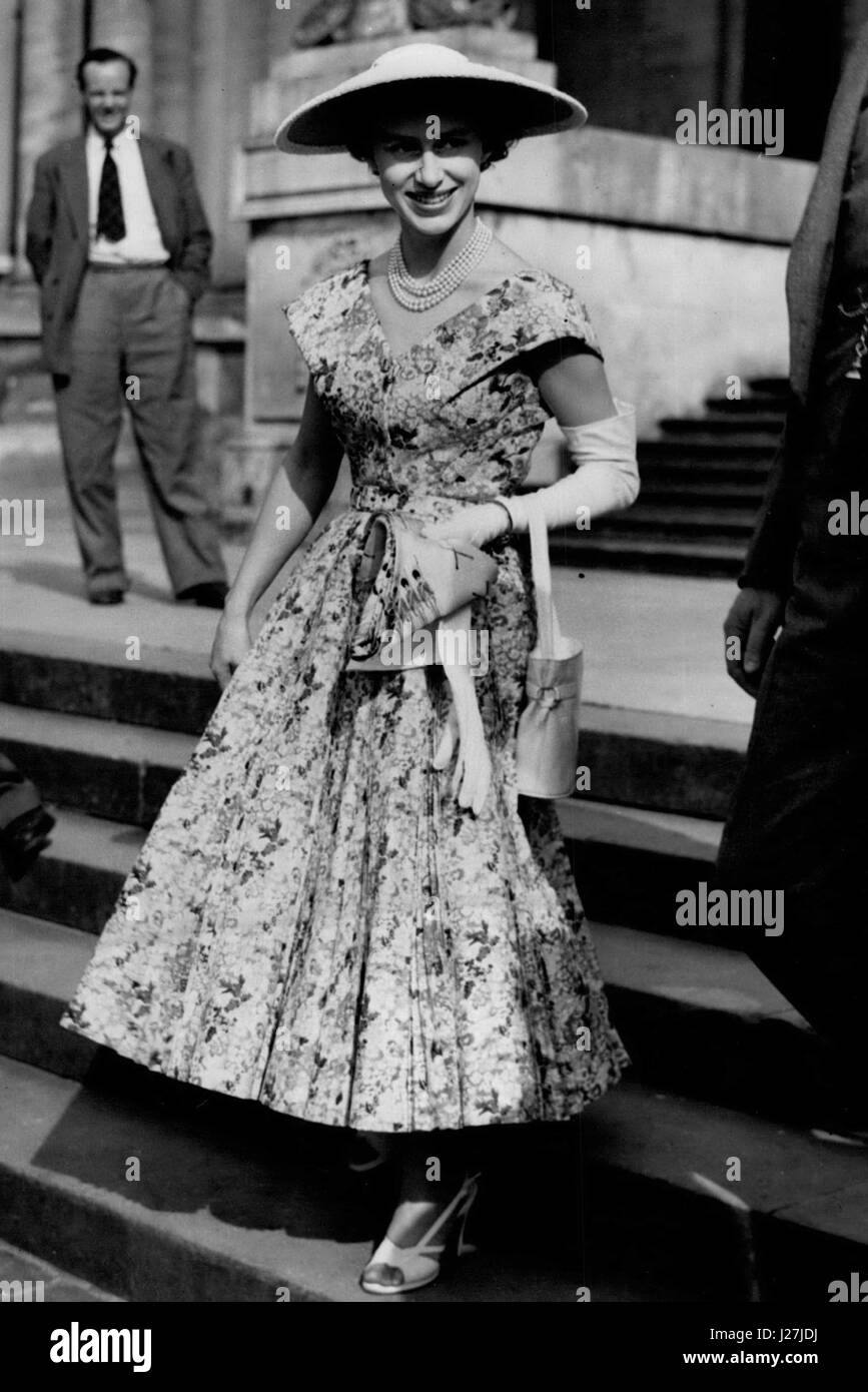 Jun. 26, 1953 - Lady Rosemary Spencer - Churchill's Wedding at Oxford. Princess Margaret was among the guest whoStock Photo