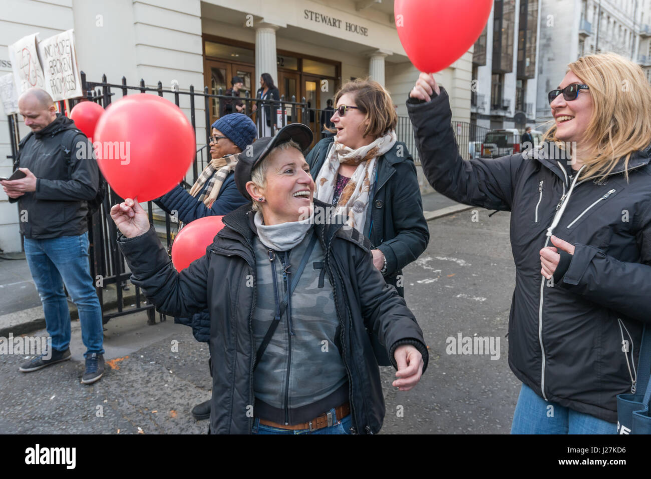 London, UK. 25th Apr, 2017. Security officers at the University of London picket outside Senate House on the first - Stock Image