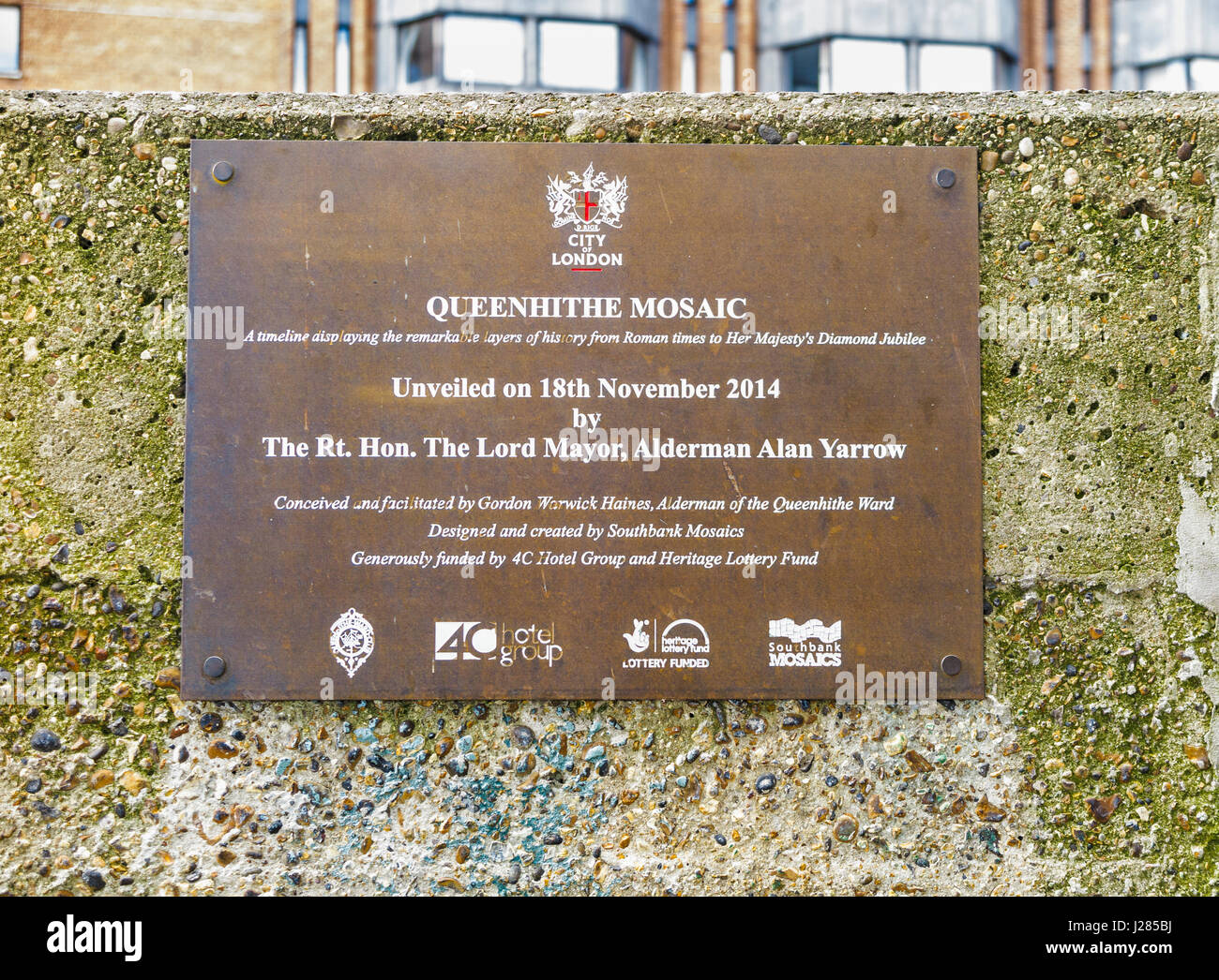 Plaque describing and giving details of the Queenhithe Mosaic on Riverside Walk, London EC4, commemorating events - Stock Image