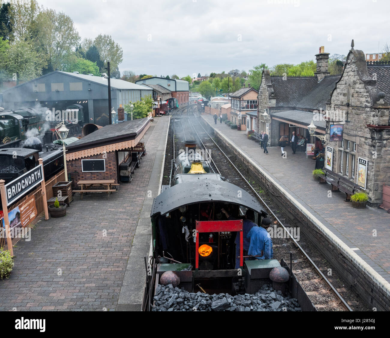 The Royal Scot steam train coming into Bridgnorth railway station, Shropshire, West Midlands, UK. Severn Valley - Stock Image