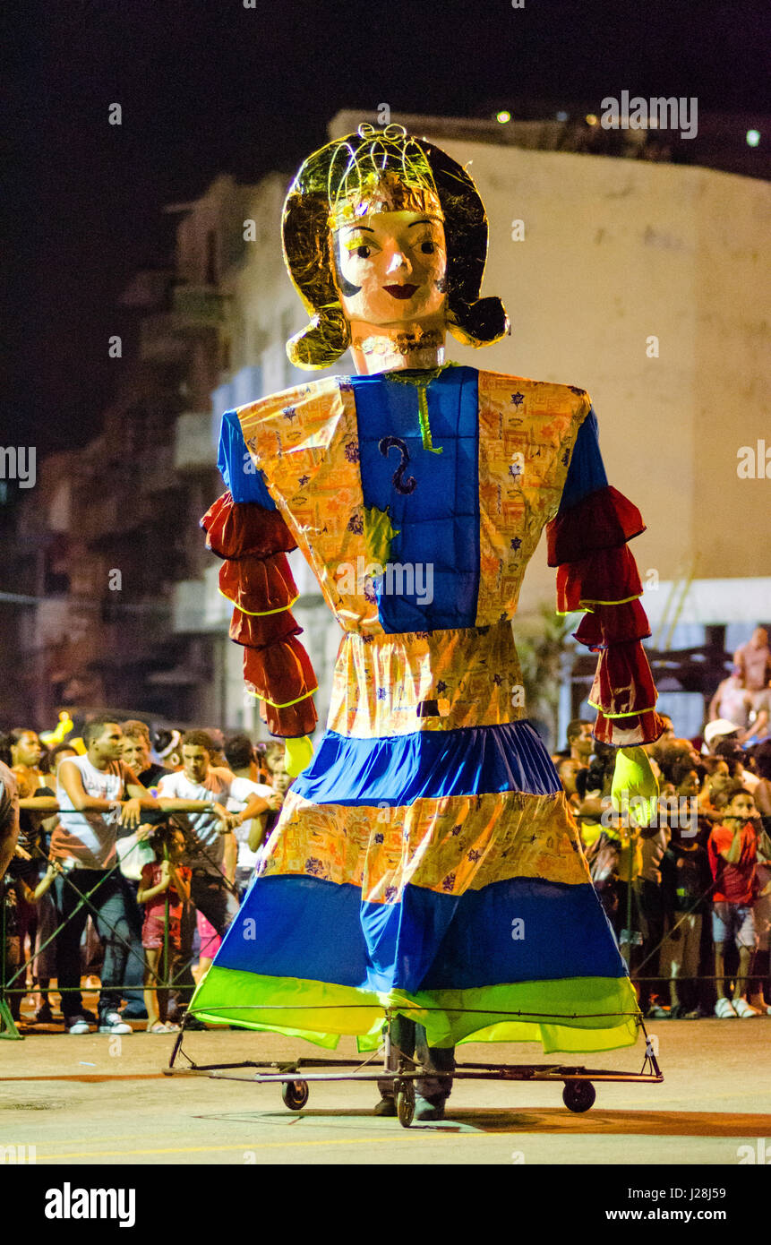 Cuba, Havana, carnival in Havana, carnival parade, In July, August is celebrated on the Malecón with masquerades, - Stock Image