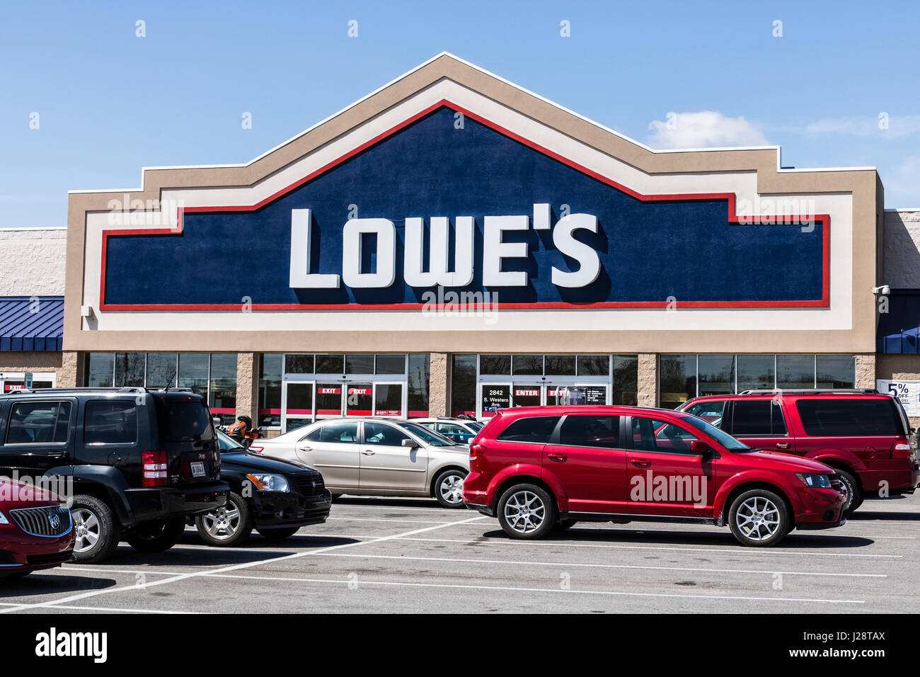 827f0c36bc Marion - Circa April 2017  Lowe s Home Improvement Warehouse. Lowe s  operates retail home improvement