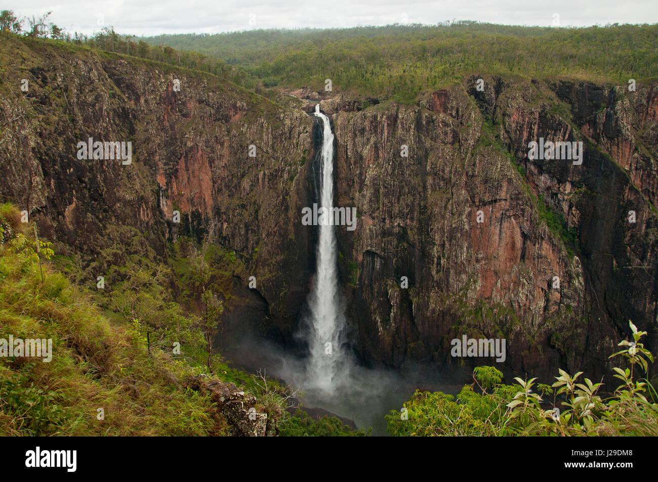 Waterfall- Wallman Falls 268 meters high in Australia - Stock Image