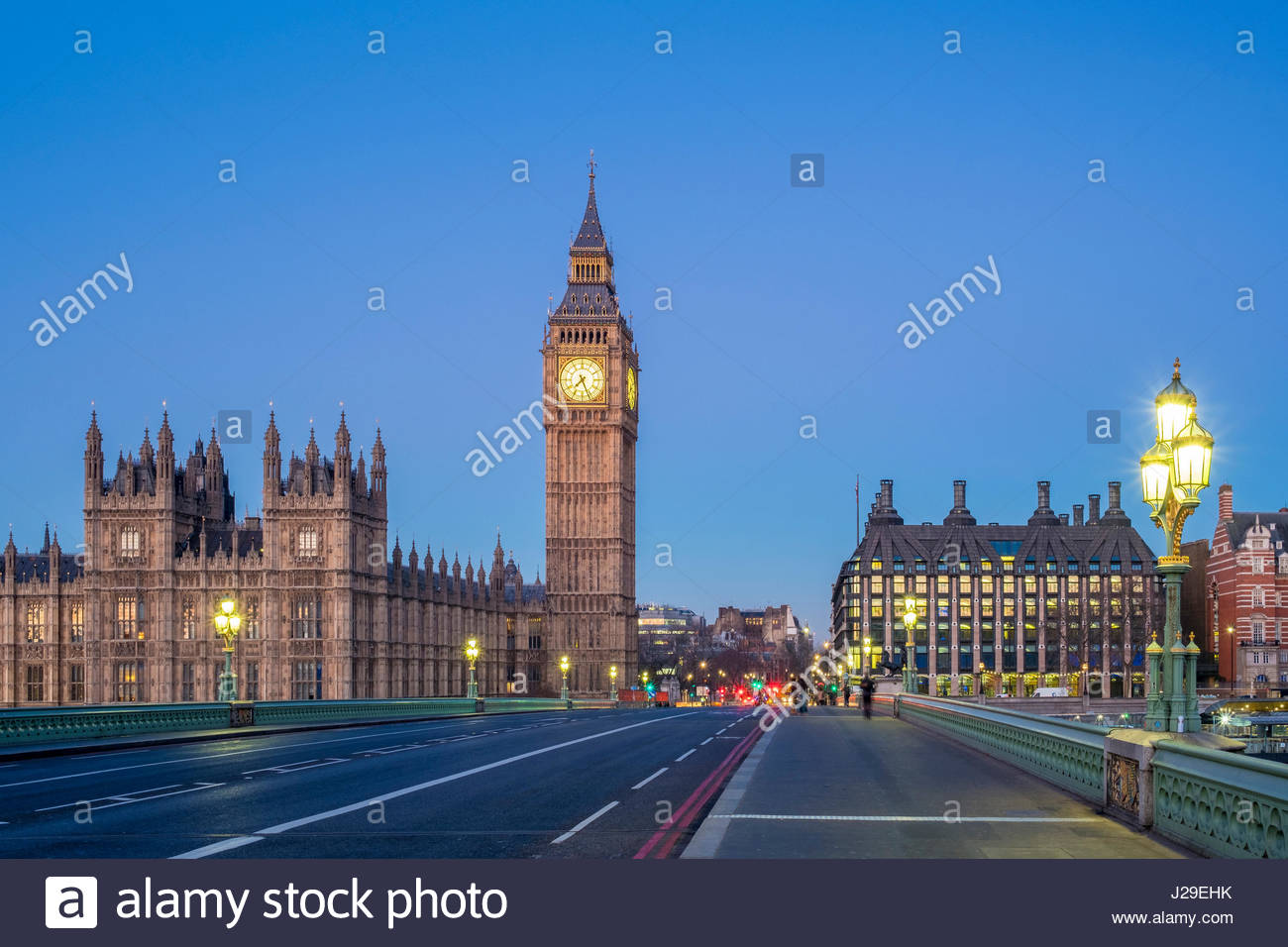 United Kingdom, England, London. Big Ben and Westminster Palace (Houses of Parliament) at dawn. - Stock Image