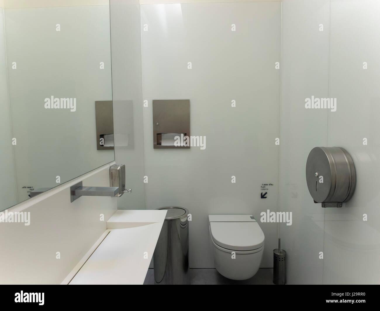 Toilet Of A Modern Restaurant Stock Photo Alamy