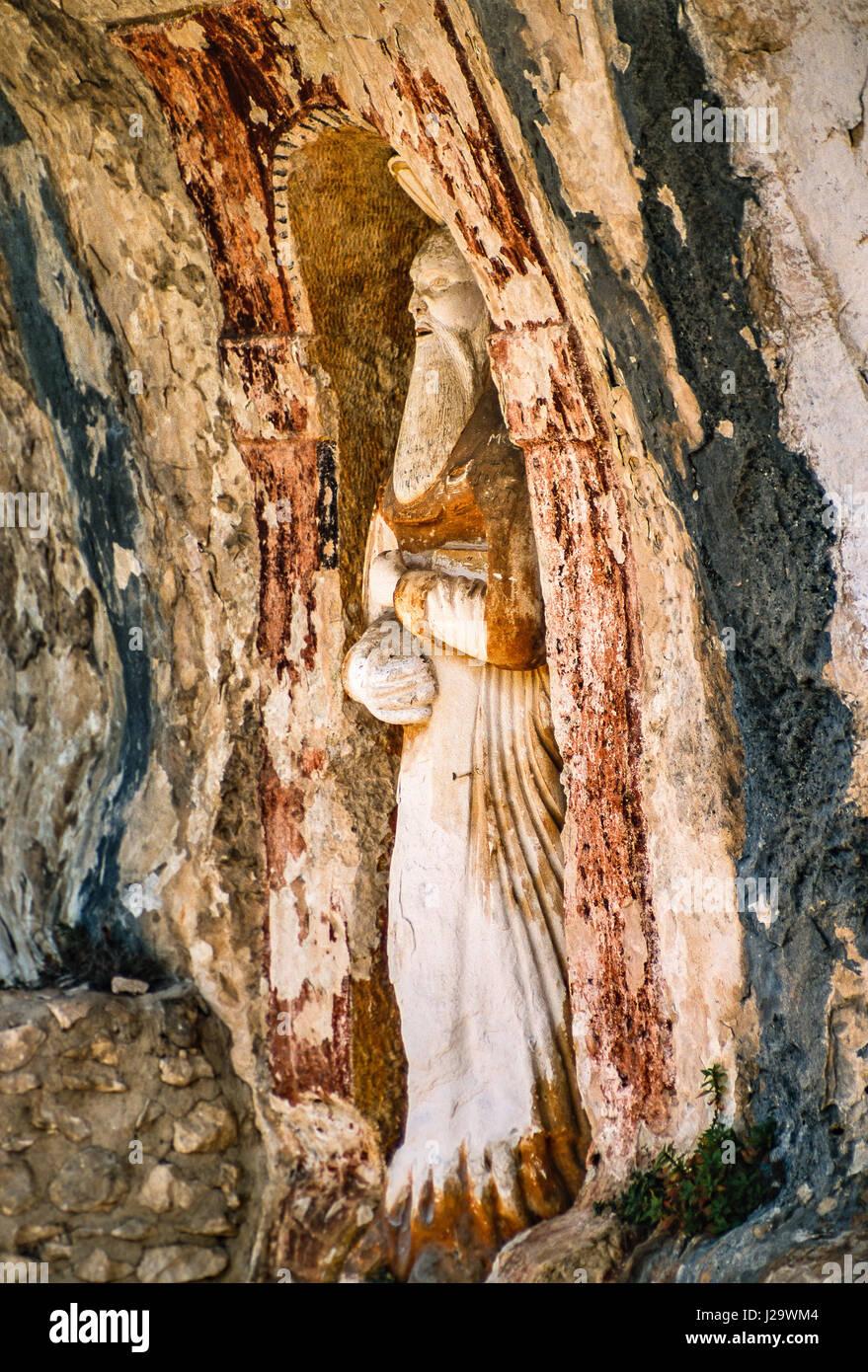 Italy Abruzzo Roccamorice Eremo Santo Spirito alla Maiella - Stock Image