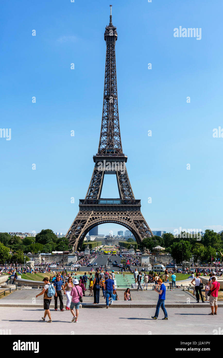 The Eiffel Tower (Tour Eiffel) from the Trocadero, Paris, France - Stock Image