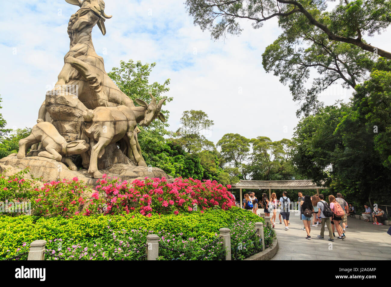 Junior High Students at Five Ram Statue, Yuexiau Park, Guangzhou, China - Stock Image