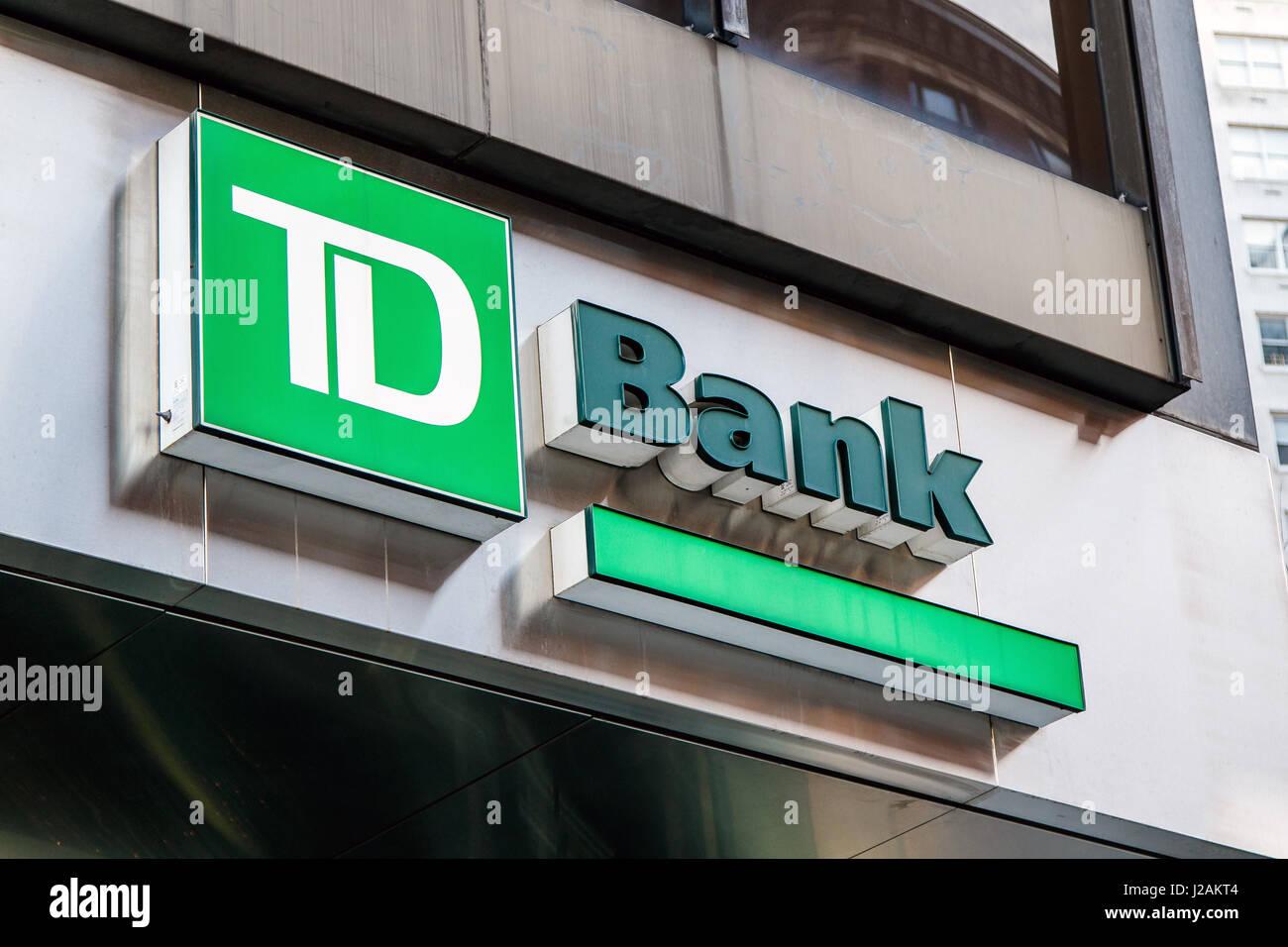 Td Bank Sign Stock Photos Td Bank Sign Stock Images Alamy