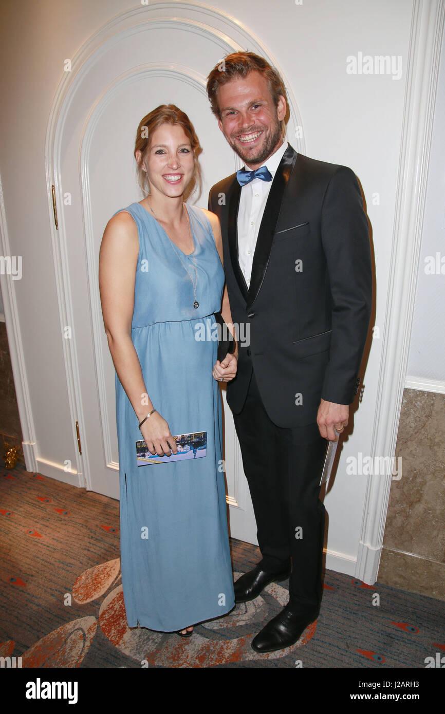 Anna heesch blauer ball 2019 in hamburg nudes (43 image)