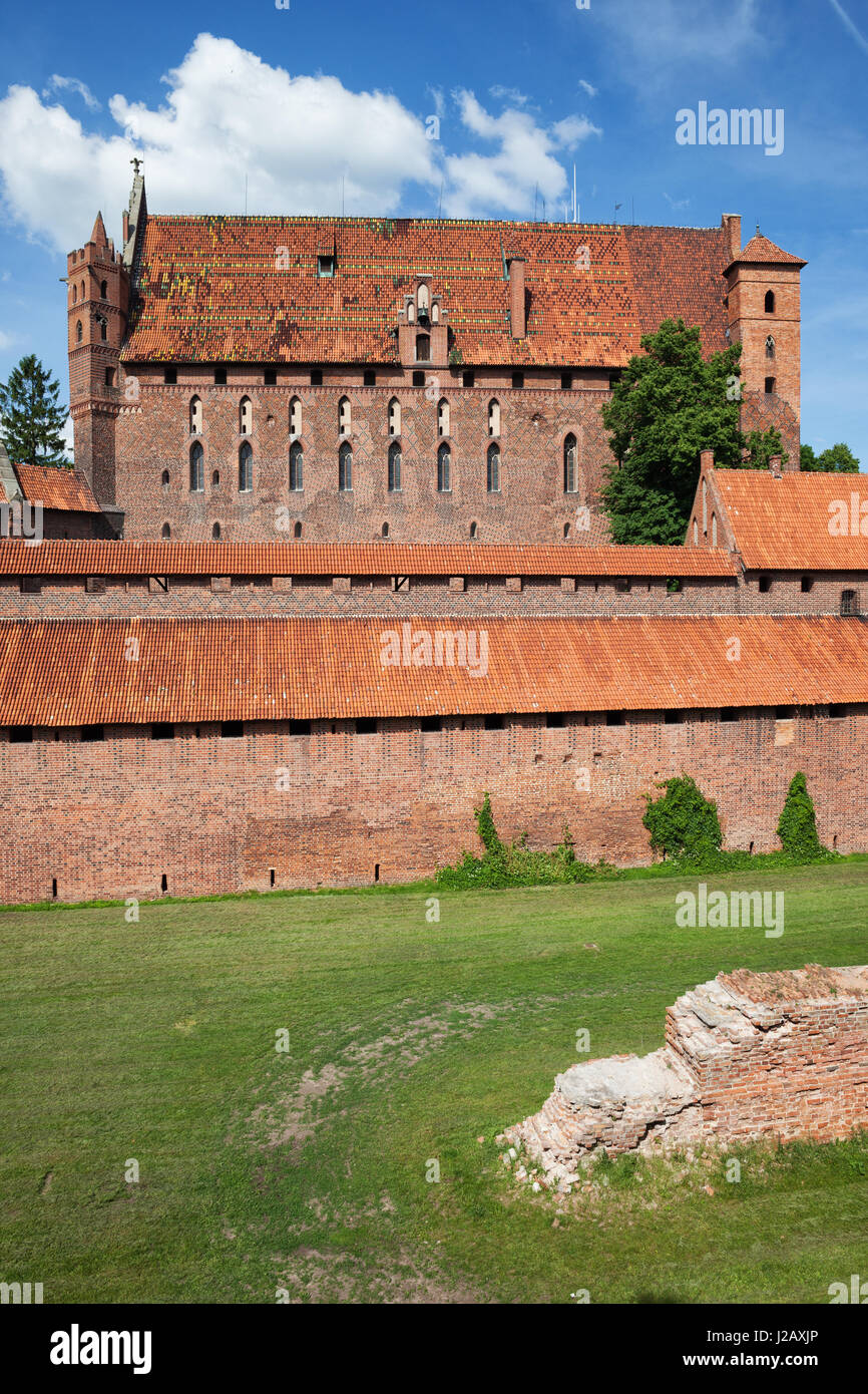Malbork Castle in Poland, Europe, High Castle, UNESCO World Heritage Site, medieval fortress built by Teutonic Kinghts - Stock Image