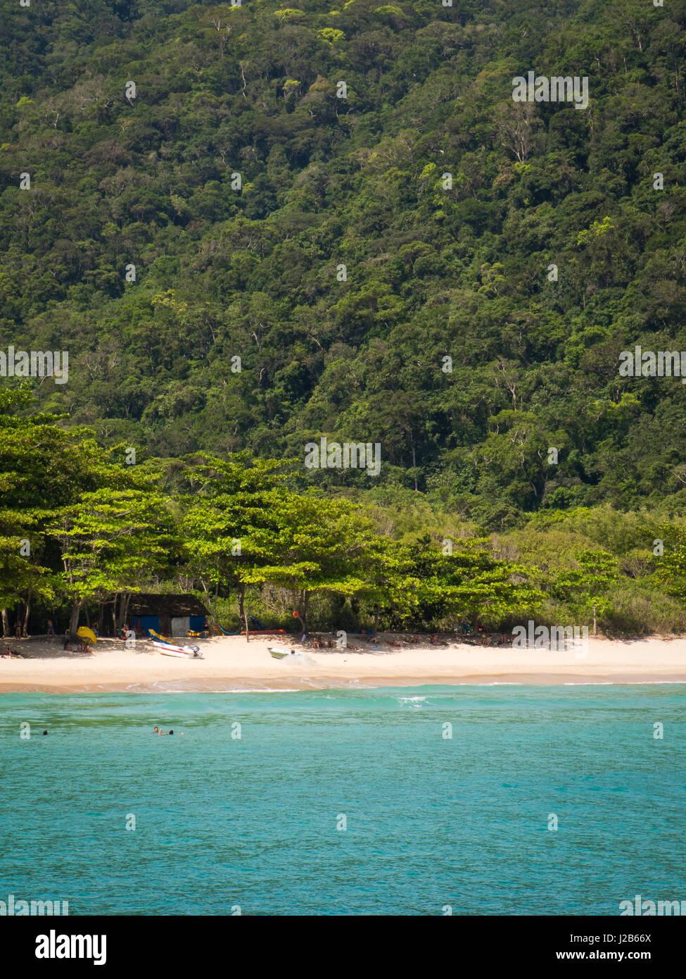 Sandy heavenly beach Martins de Sa, near Paraty, Rio de Janeiro, Brazil. - Stock Image
