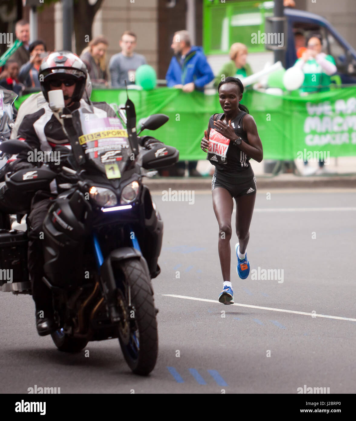 Mary Keitany, from Kenya,  competing in the 2017 London Marathon. She went on to win the elite race in a time of Stock Photo