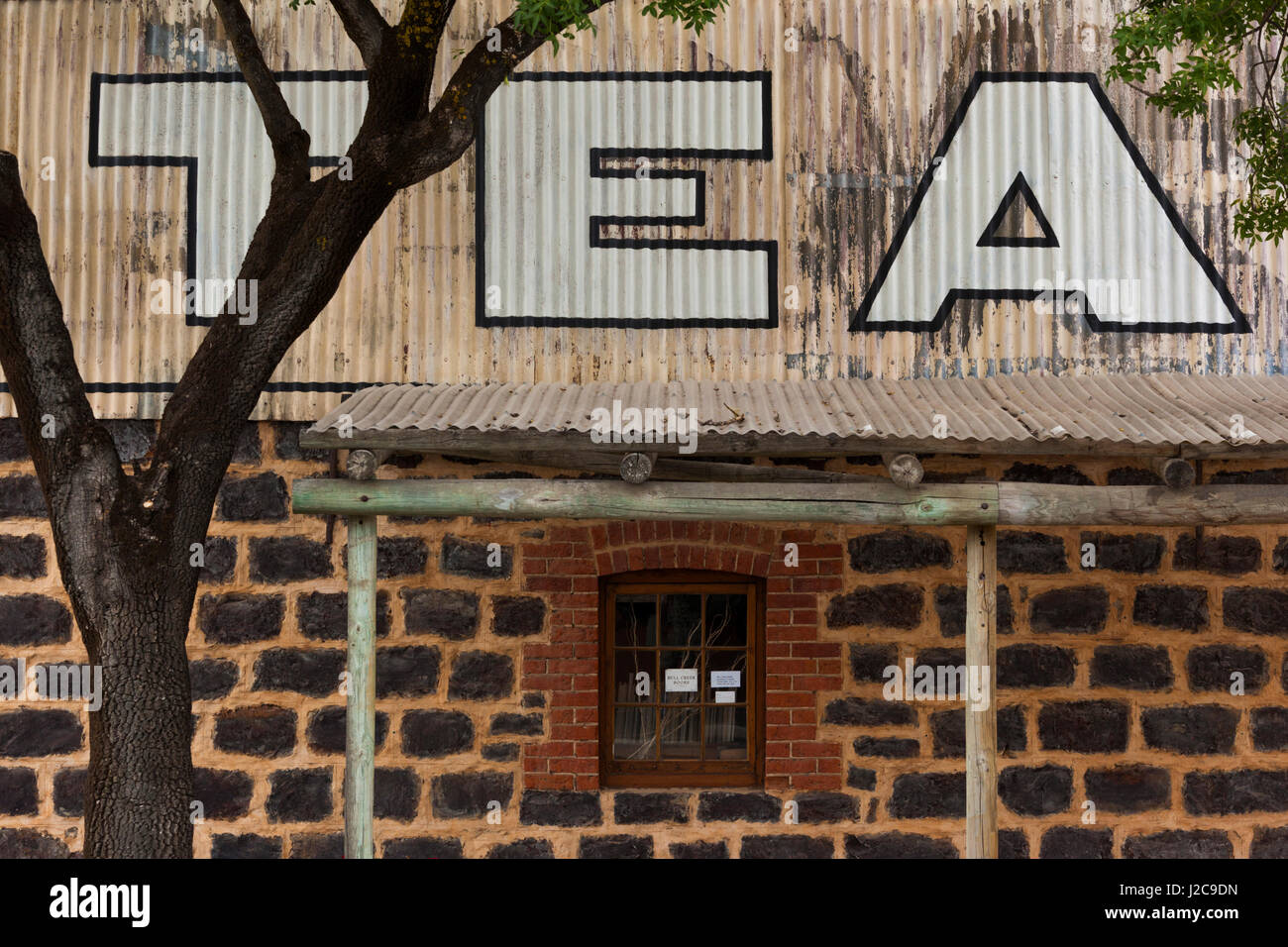 Australia, Barossa Valley, Tanunda, Nosh Cafe, exterior - Stock Image