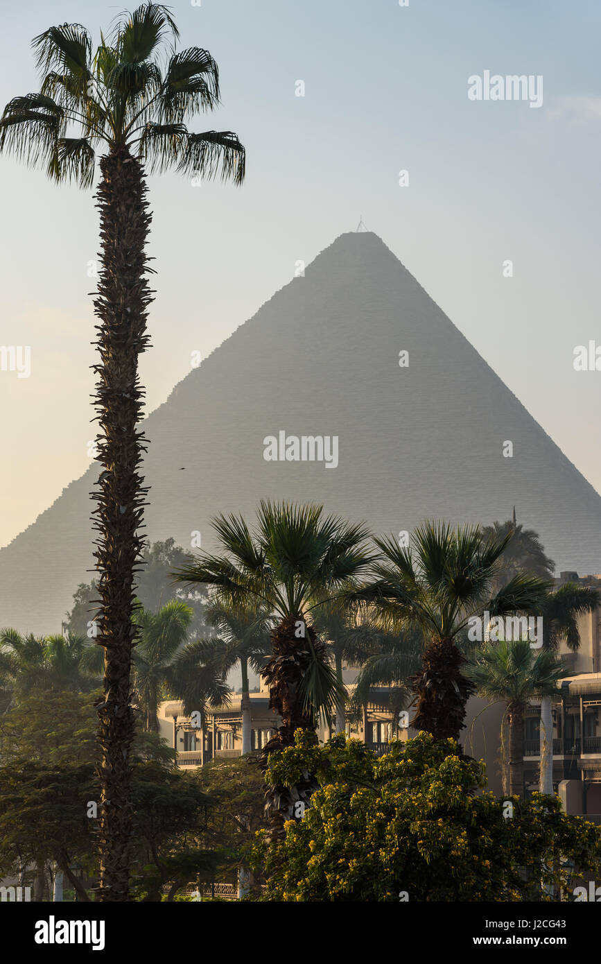 Egypt, Giza Governorate, Al Haram, The Mena House Hotel is one of the most traditional hotels in Egypt, https://dewikipediaorg/wiki/Mena - Stock Image