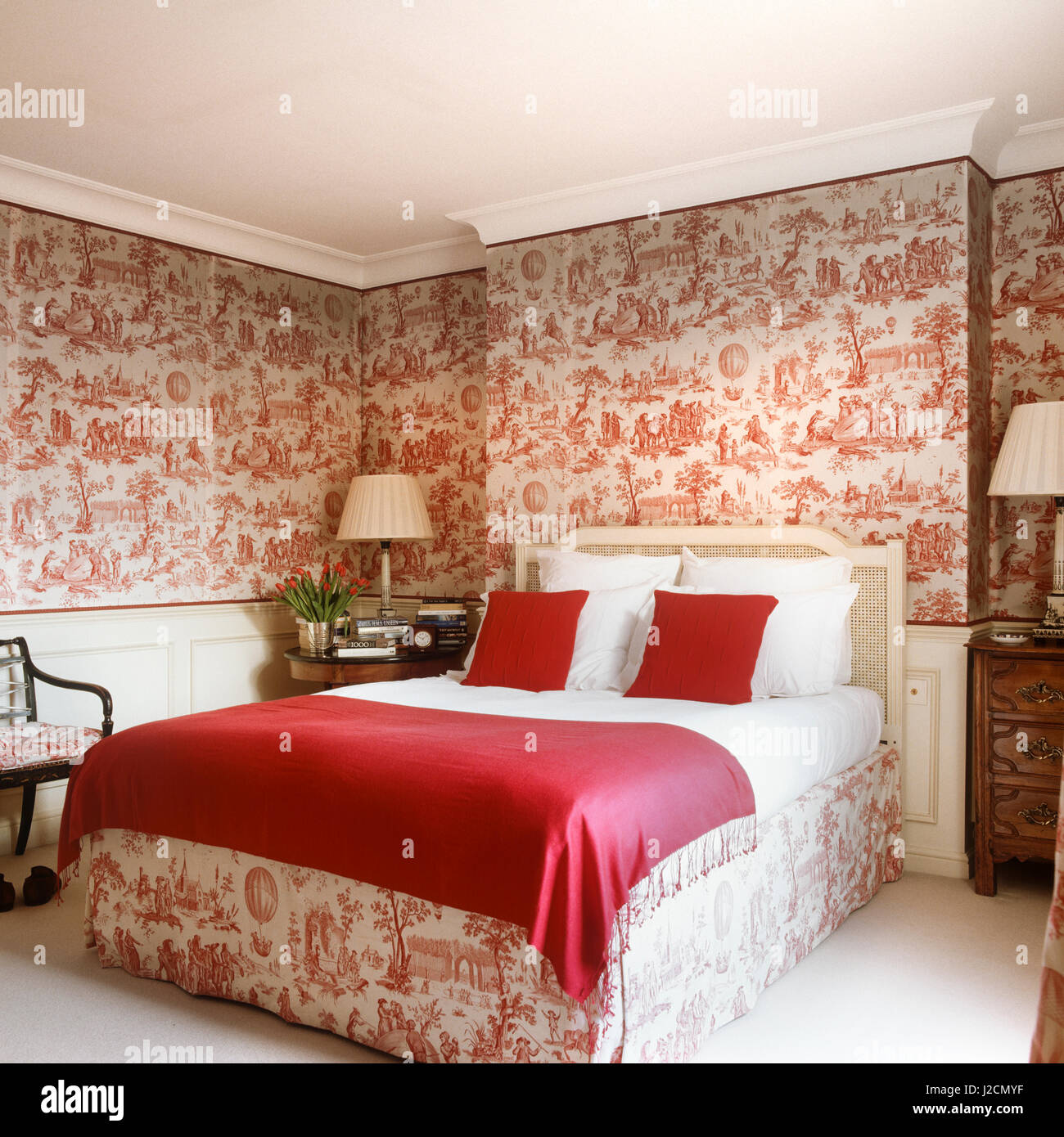 Red And White Themed Bedroom Stock Photo Alamy