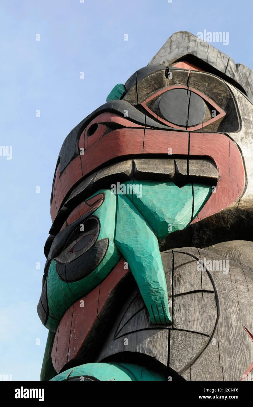 Native Carvers Vancouver Island