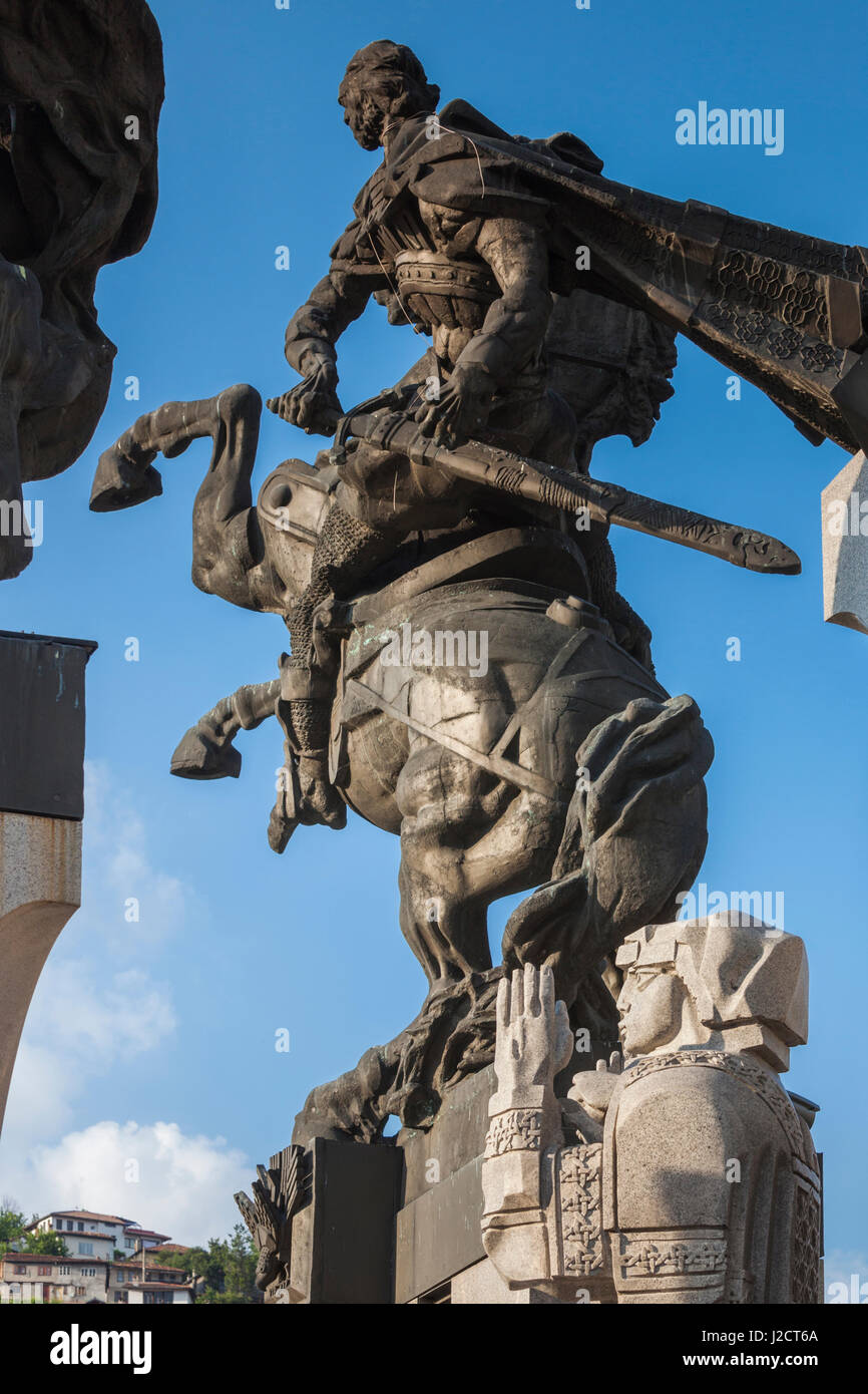 Bulgaria, Central Mountains, Veliko Tarnovo, Monument to the Assens, detail Stock Photo
