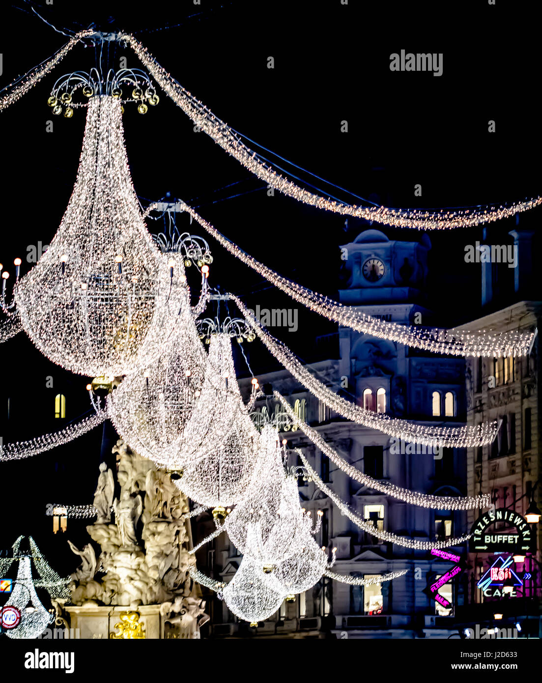 Graben, Vienna, Austria. Lit Chandelier Christmas Decorations On Graben  Shopping Street, Vienna