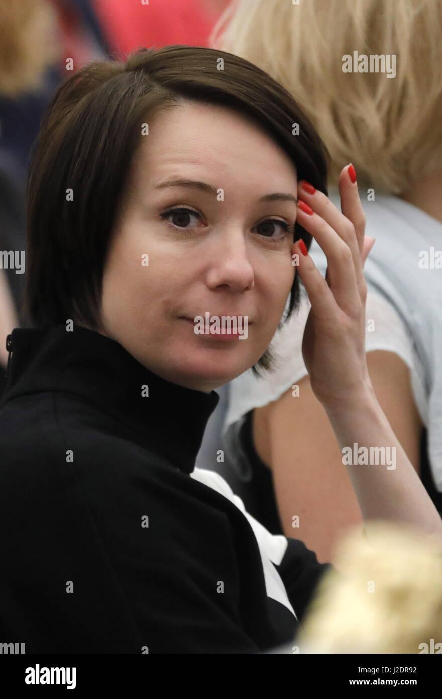 Chulpan Khamatova without cosmetics looks like a student 20.03.2012 73