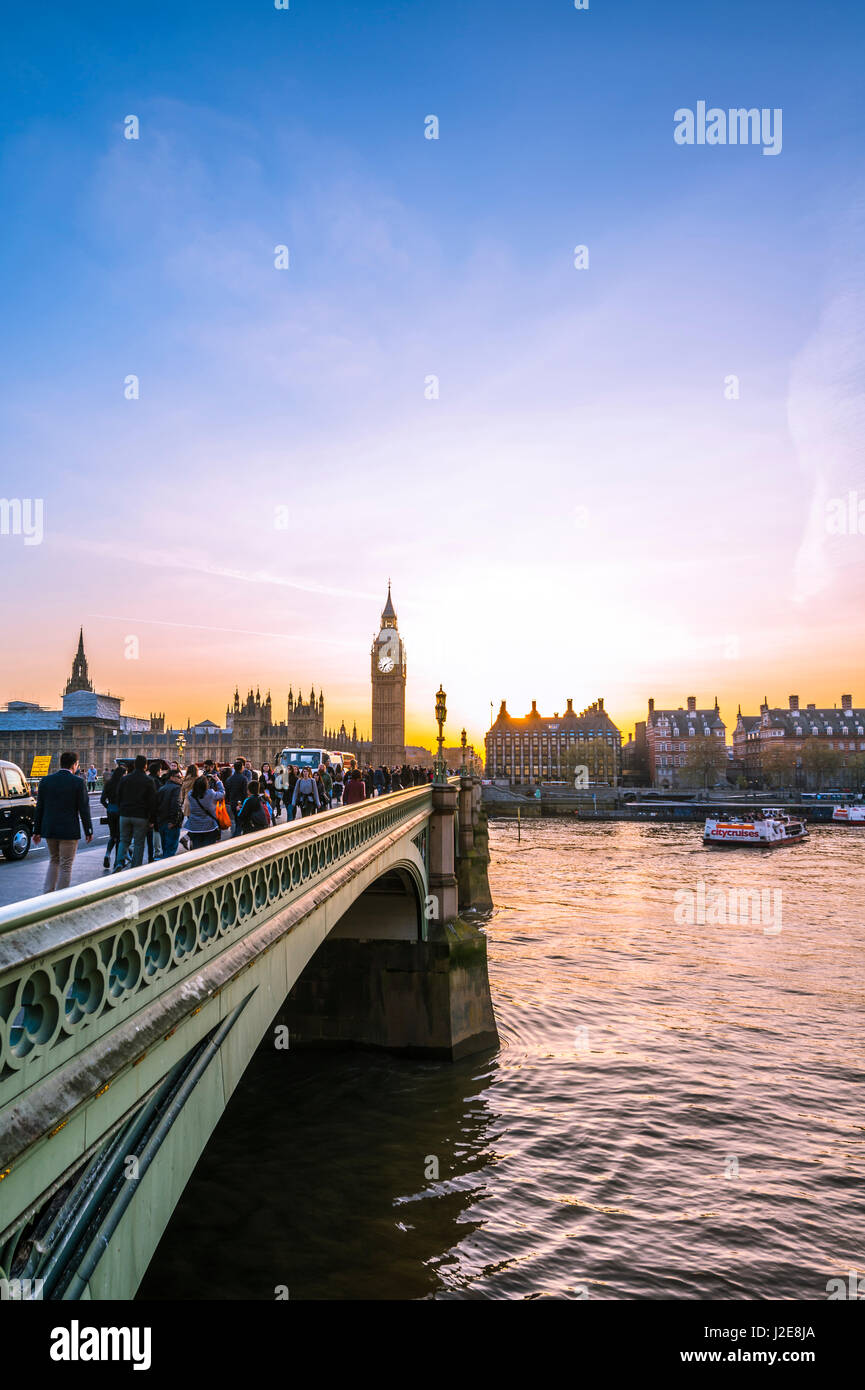Big Ben, dusk, evening light, sunset, Houses of Parliament, Westminster Bridge, Thames, City of Westminster, London - Stock Image