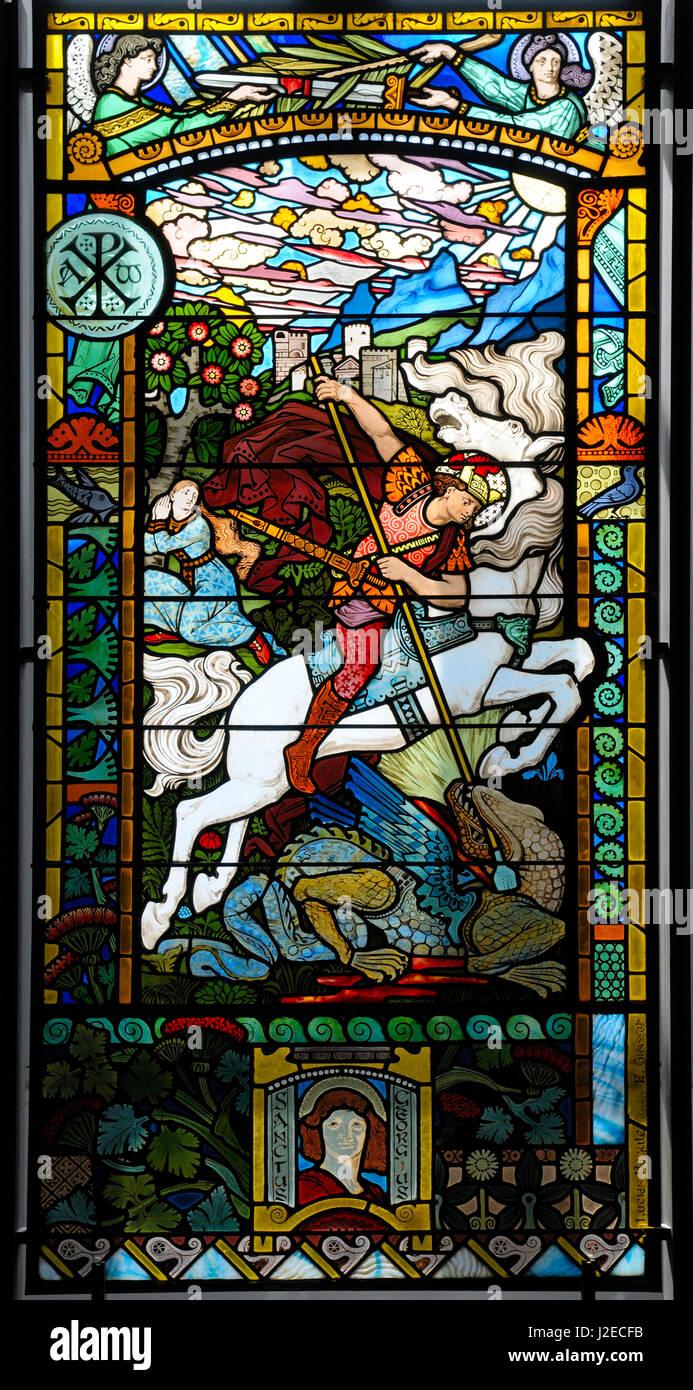 France, Rhone-Alpes, Lyon. Saint Georges combattant le dragon (1889)-Lucien Begule-Eugene Grasset, Musee des Beaux Stock Photo