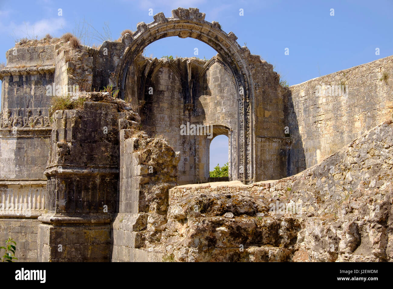 Portugal, Tomar. Tomar Castle, Knights of the Templar fortress, castle and convent. Convent of Knights of Christ. - Stock Image