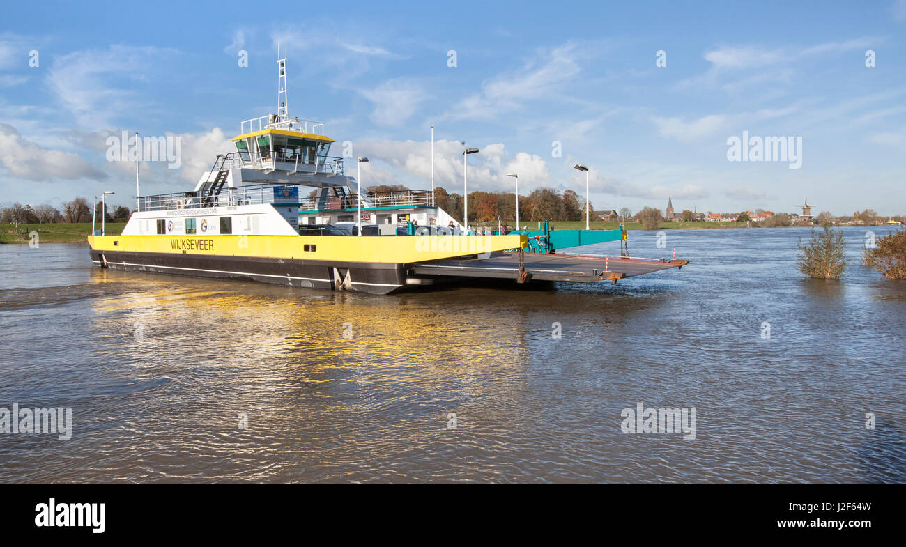 ferry across the river Lek at Wijk bij Duurstede - Stock Image