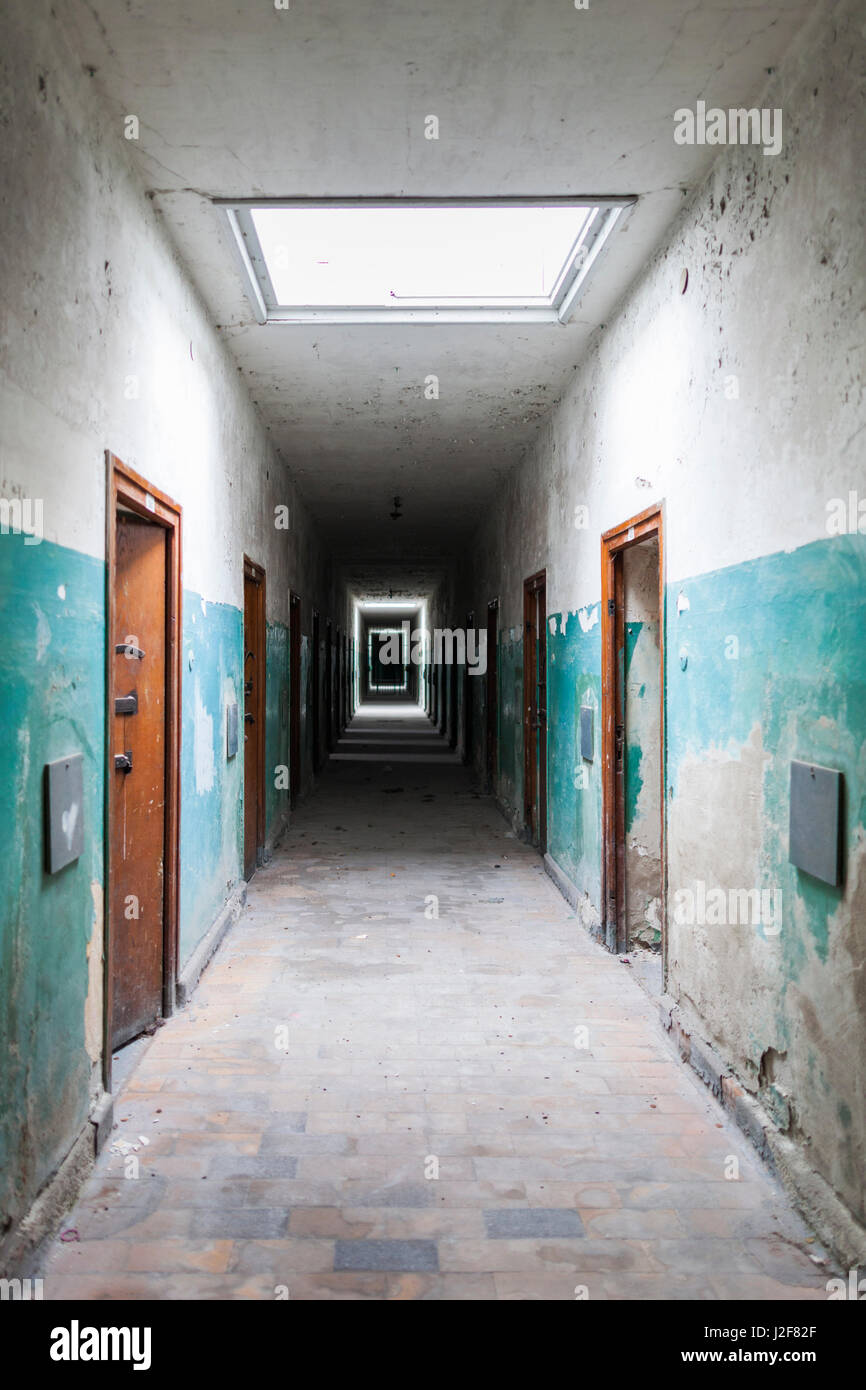 Germany, Bavaria, Munich-Dachau, WW2-era Nazi concentration camp, prison cell - Stock Image