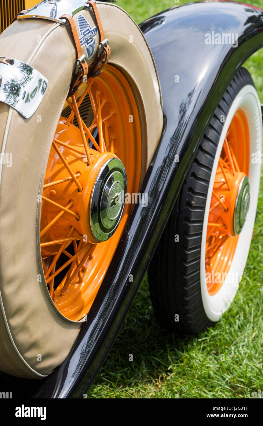 USA, Massachusetts, Beverly Farms, antique cars, 1930s car running board and spare tire - Stock Image
