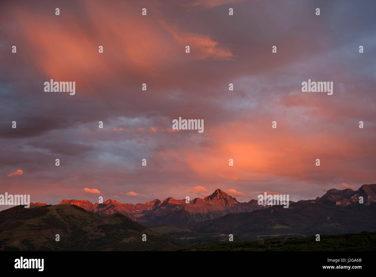 USA, Colorado, Sneffels Range. Rain clouds over mountains at sunset. Credit as: Don Grall / Jaynes Gallery / DanitaDelimont.com - Stock Image