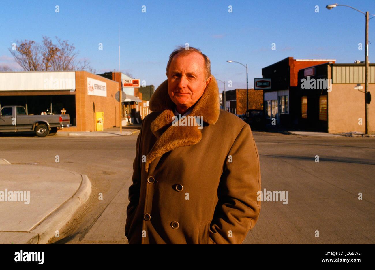 Hugh Sidey on the Main Street of Greenfield, Iowa, his hometown, during the Iowa Caucus Season. - Stock Image