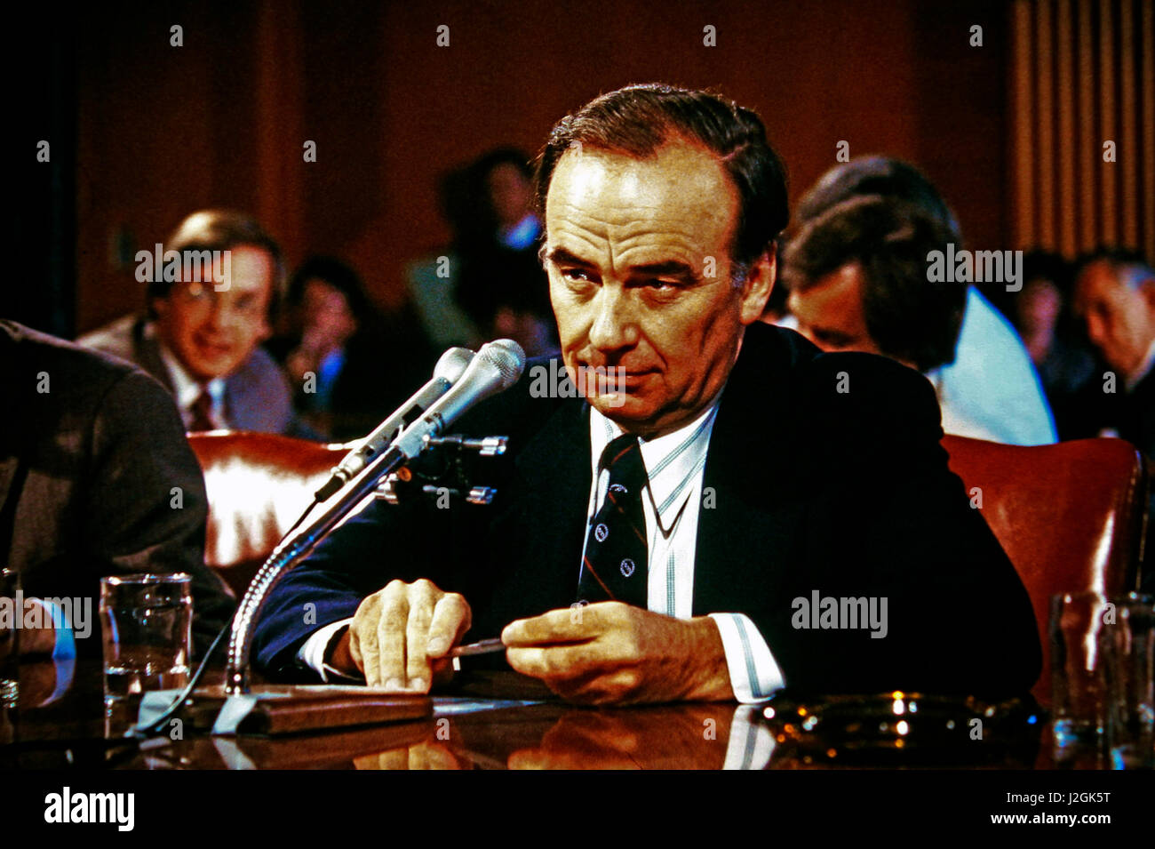 Rupert Murdoch testifying before the Senate Banking Committee in May 1980. (Large format sizes available) - Stock Image