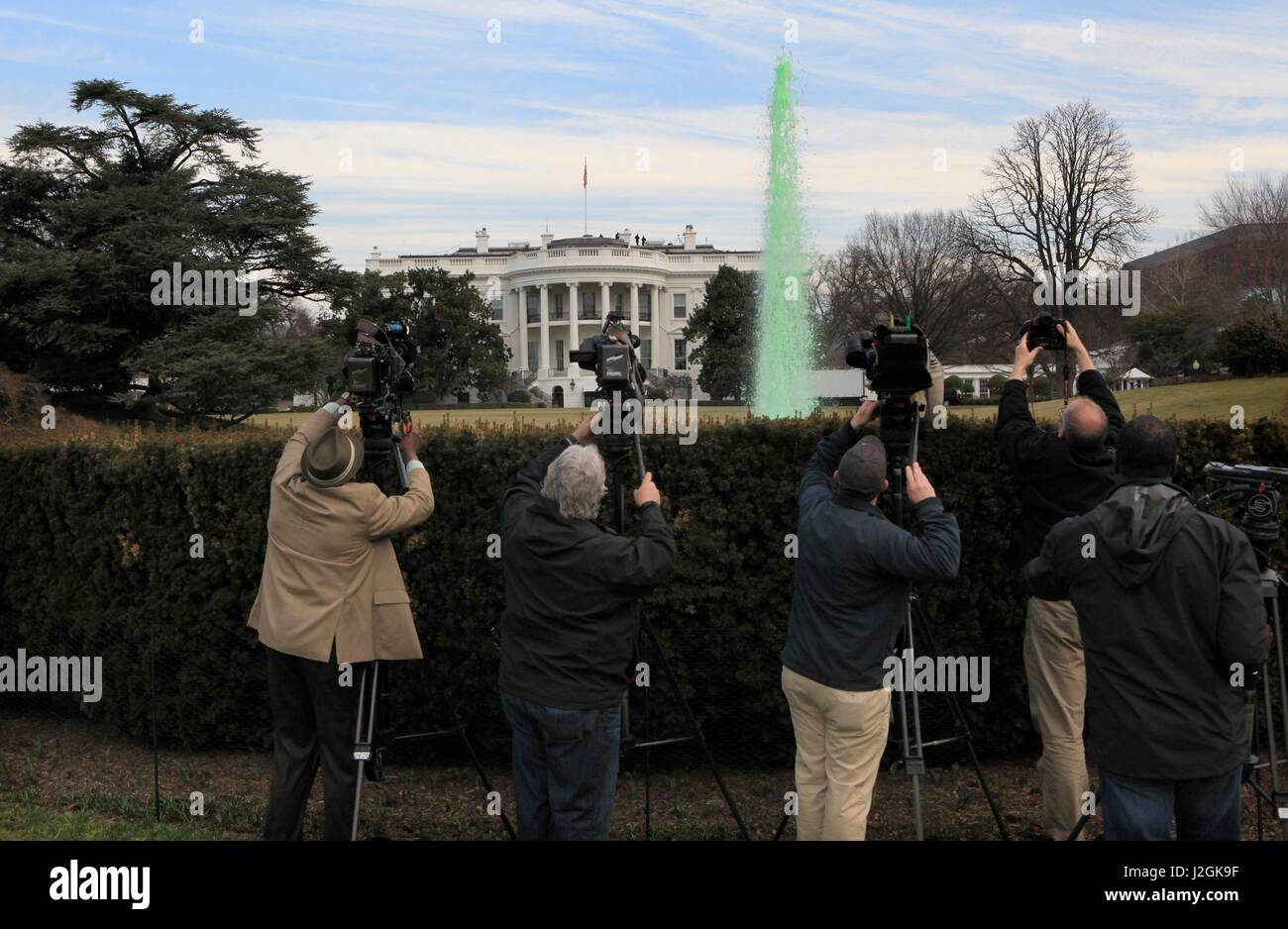 St. Patrick's Day, green dye was added to the water of the fountain on the South Lawn of the White House, Washington - Stock Image