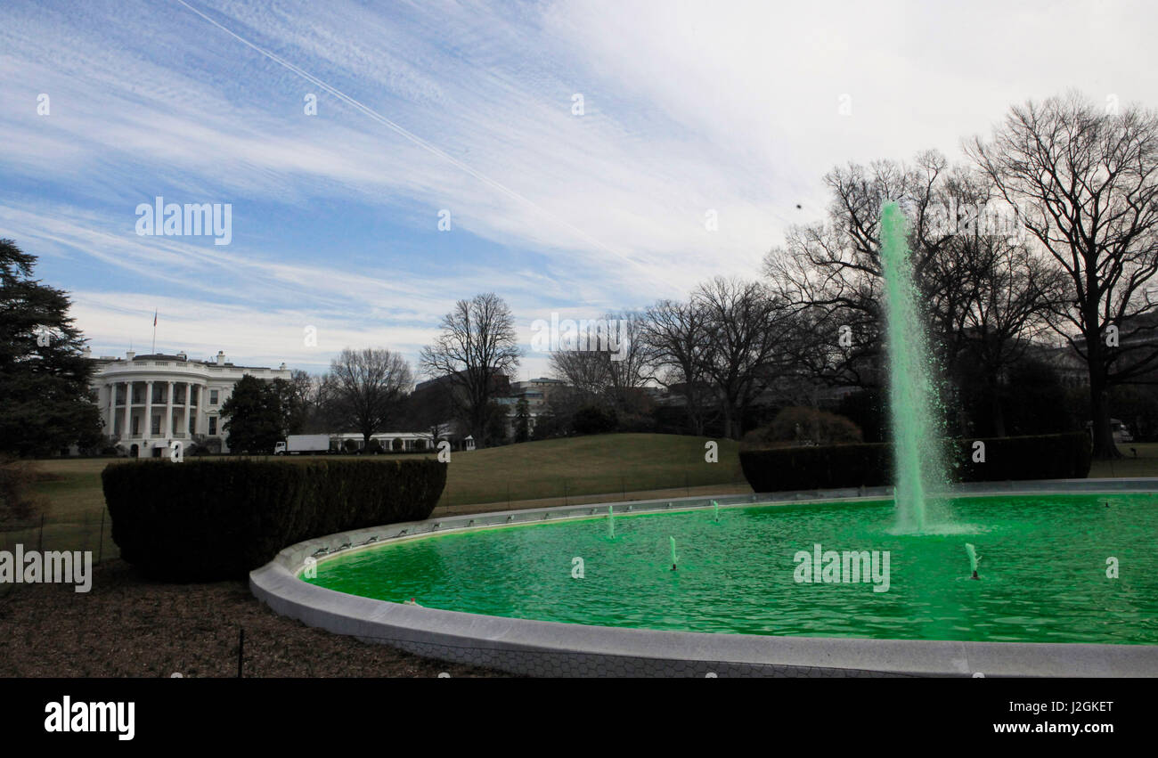 For St. Patrick's Day a green dye was added to the water of the fountain on the South Lawn of the White House. - Stock Image