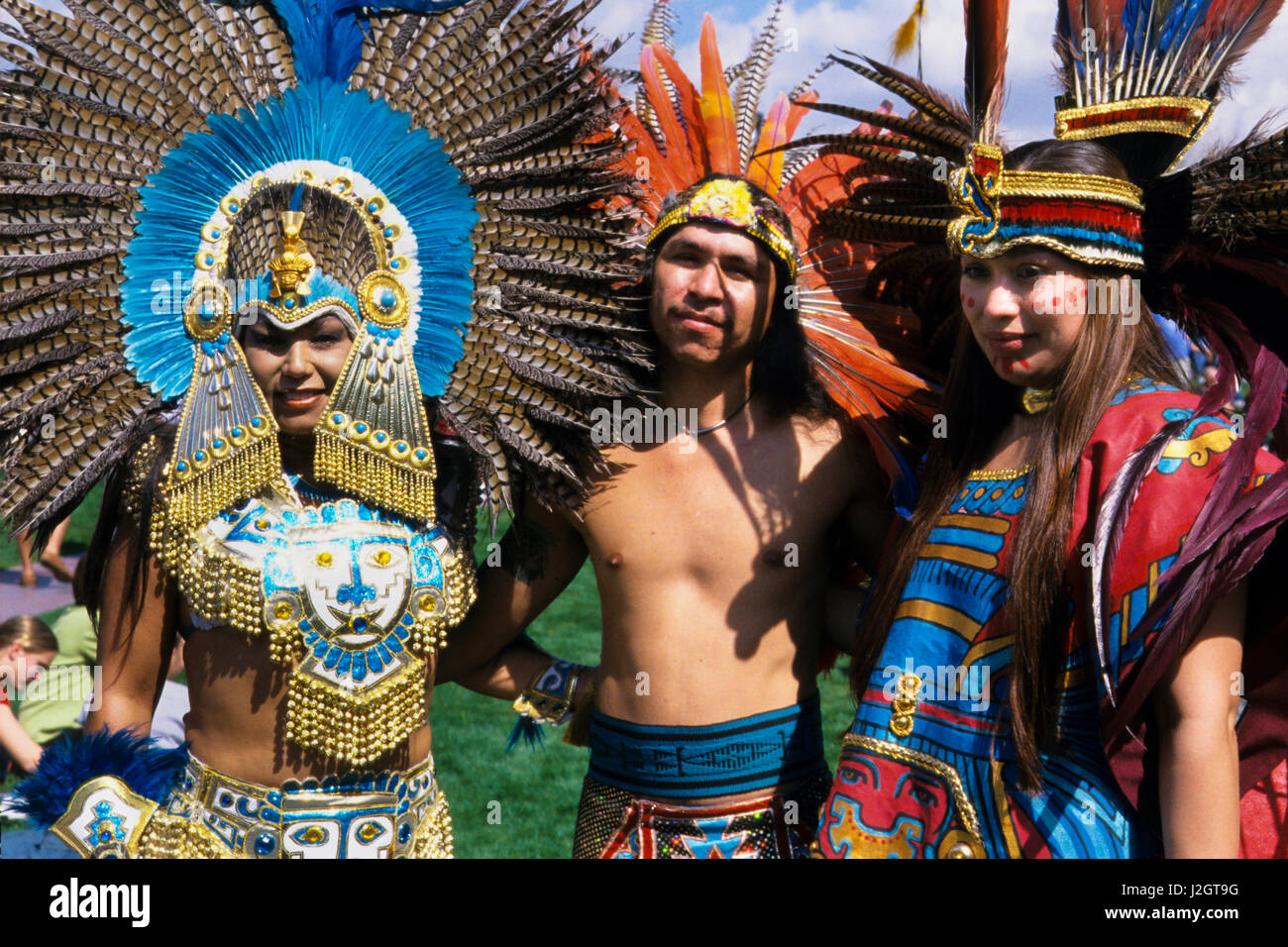 Two Aztec women and one man dressed in magnificent ... Indigenous Aztec Women