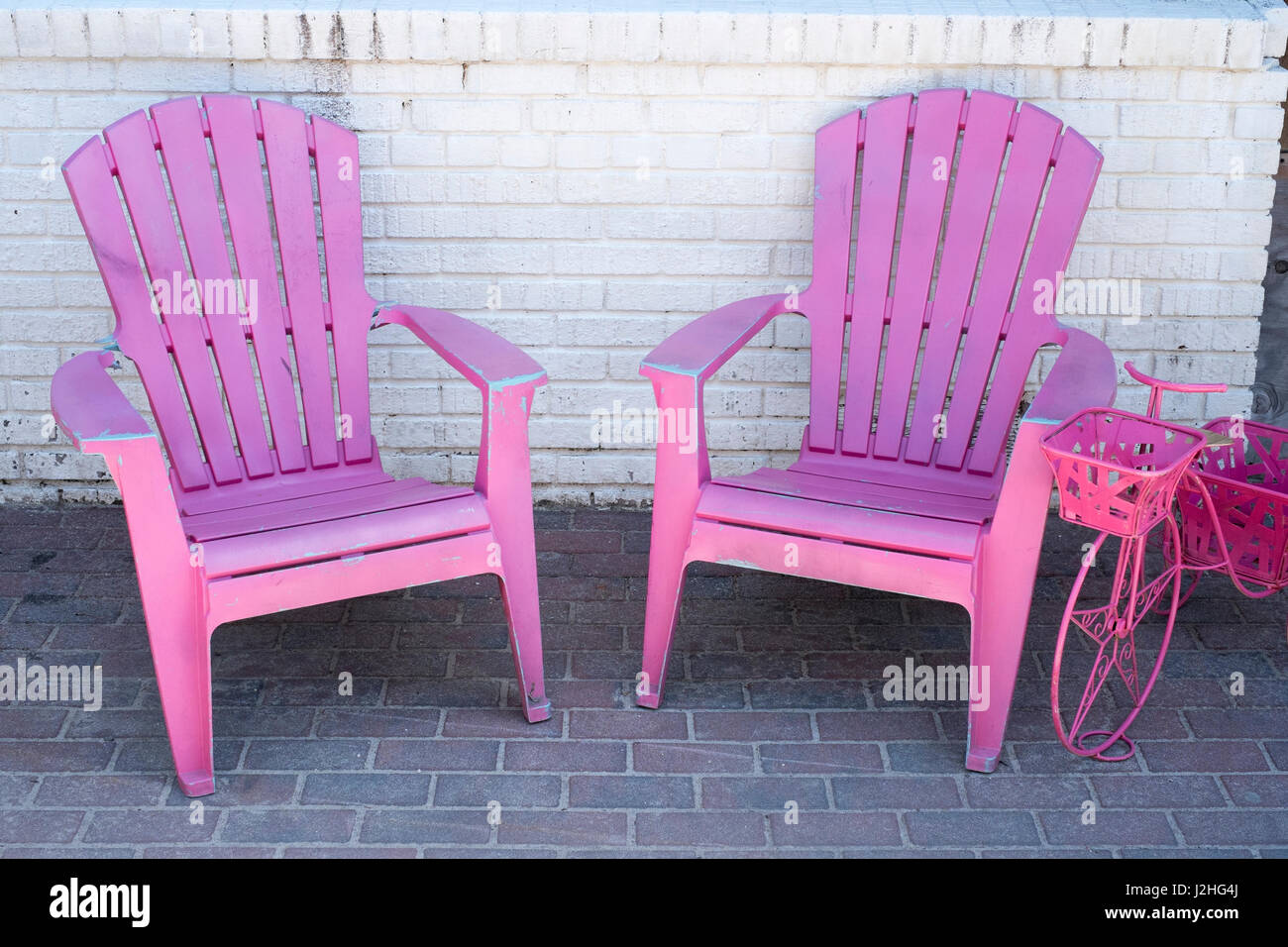 Two Pink Beach Chairs Outside On The Sidewalk Fire Island New York Stock Photo Alamy