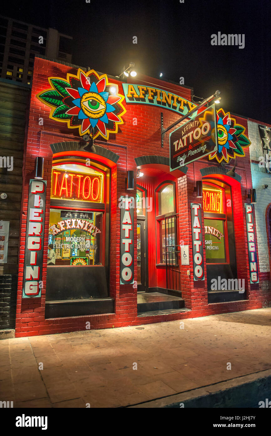 Tattoo parlor, 6th street, Austin, Texas, Usa (Editorial Use Only ...