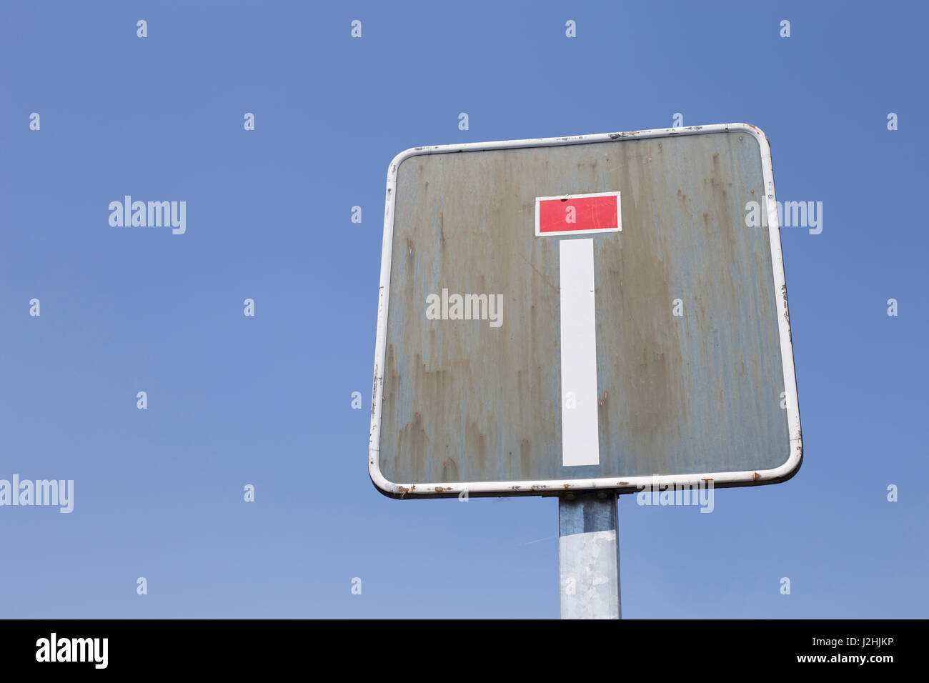Dead end road sign - Stock Image
