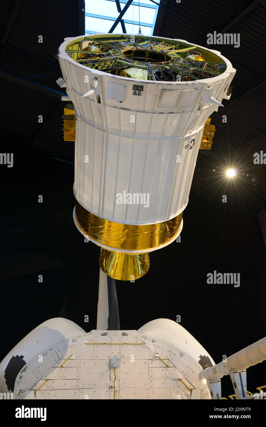 USA, Washington, Seattle. NASA FFT (Full Fuselage Trainer) Space Shuttle and satellite, Charles Simonyi Space Gallery, - Stock Image