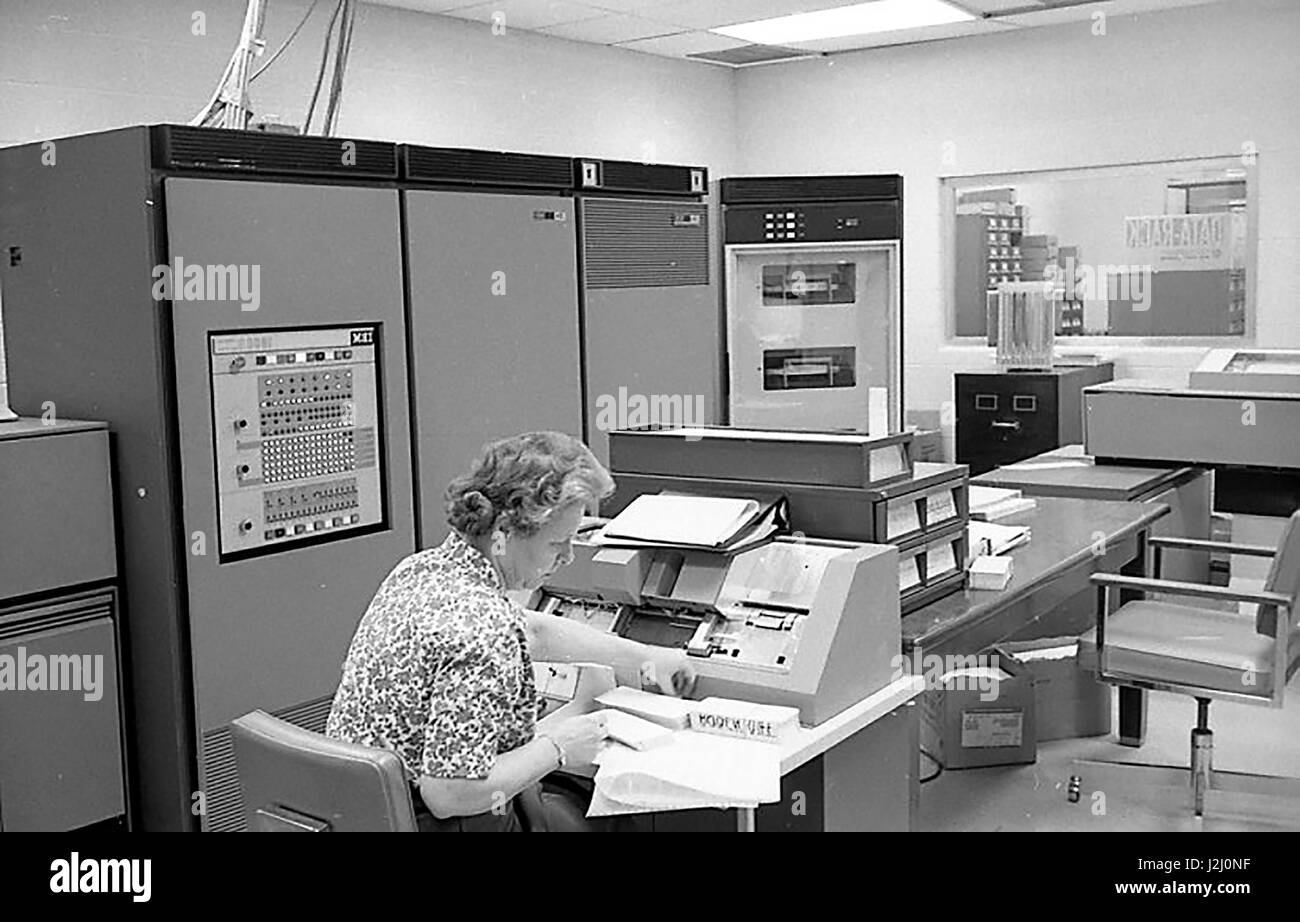 Computer Lab Black and White Stock Photos & Images - Alamy