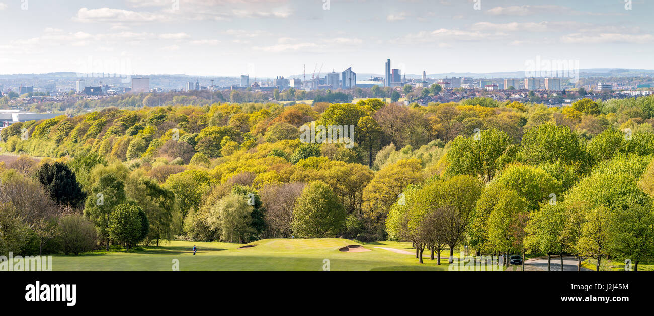 A shot of the Leeds skyline from the 17th hole at Temple Newsam golf course, which is surrounded by beautiful scenery. - Stock Image